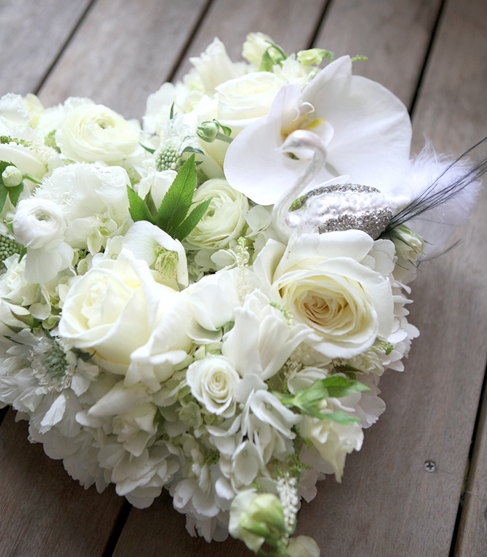 wedding white heart centerpiece (L)